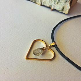 Висулка сърце от планински кристал