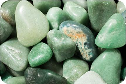 Група Камъни Полиран Зелен Кварц
